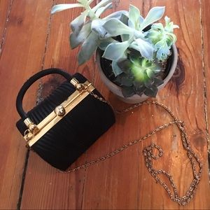 Handbags - VINTAGE Charming Black and Gold Purse